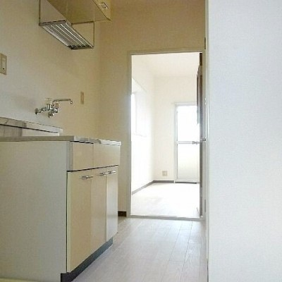 バストイレ別で室内洗濯機置き場、マンションタイプでこの価格!