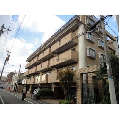 駐車場平置き。平尾駅徒歩10分圏内。都市ガス、ネット無料のファミリー物件です。