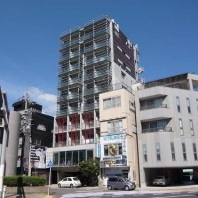 ☆デザイナーズマンション・事務所使用可能・2階にフィットネスジム有り☆