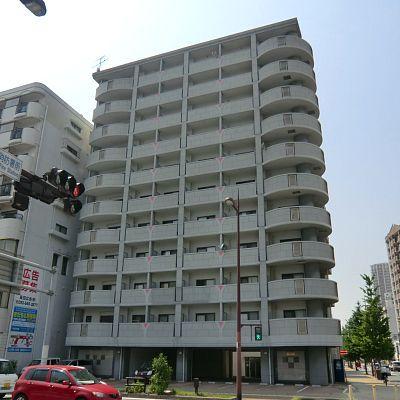 モノレール香春口三萩野駅徒歩3分の好立地(物件すぐ横にローソン)!