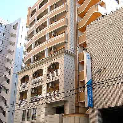 人気の大手町の築浅物件☆高級感漂うおしゃれなマンションです!区役所や勝山公園なども近い♪